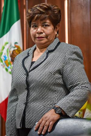 Profesora María Elena Granados de León
